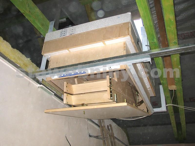 Triant Půdní Dřevěné Skládací Schody Demont Therm 70x120cm
