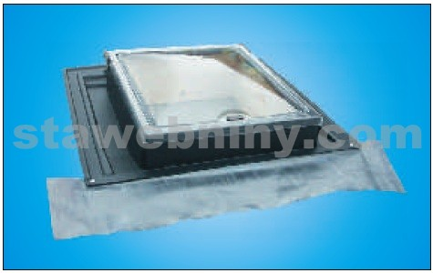 GUTTA Střešní okno UNI černá - světlost 450*550mm