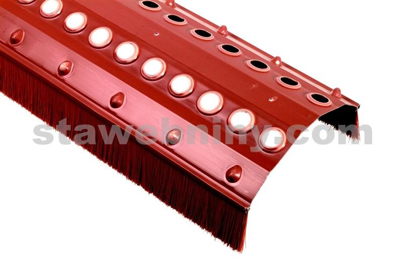 HPI Větrací pás hřebene a nároží s kartáčem Standard 200/60mm černý délka 1m
